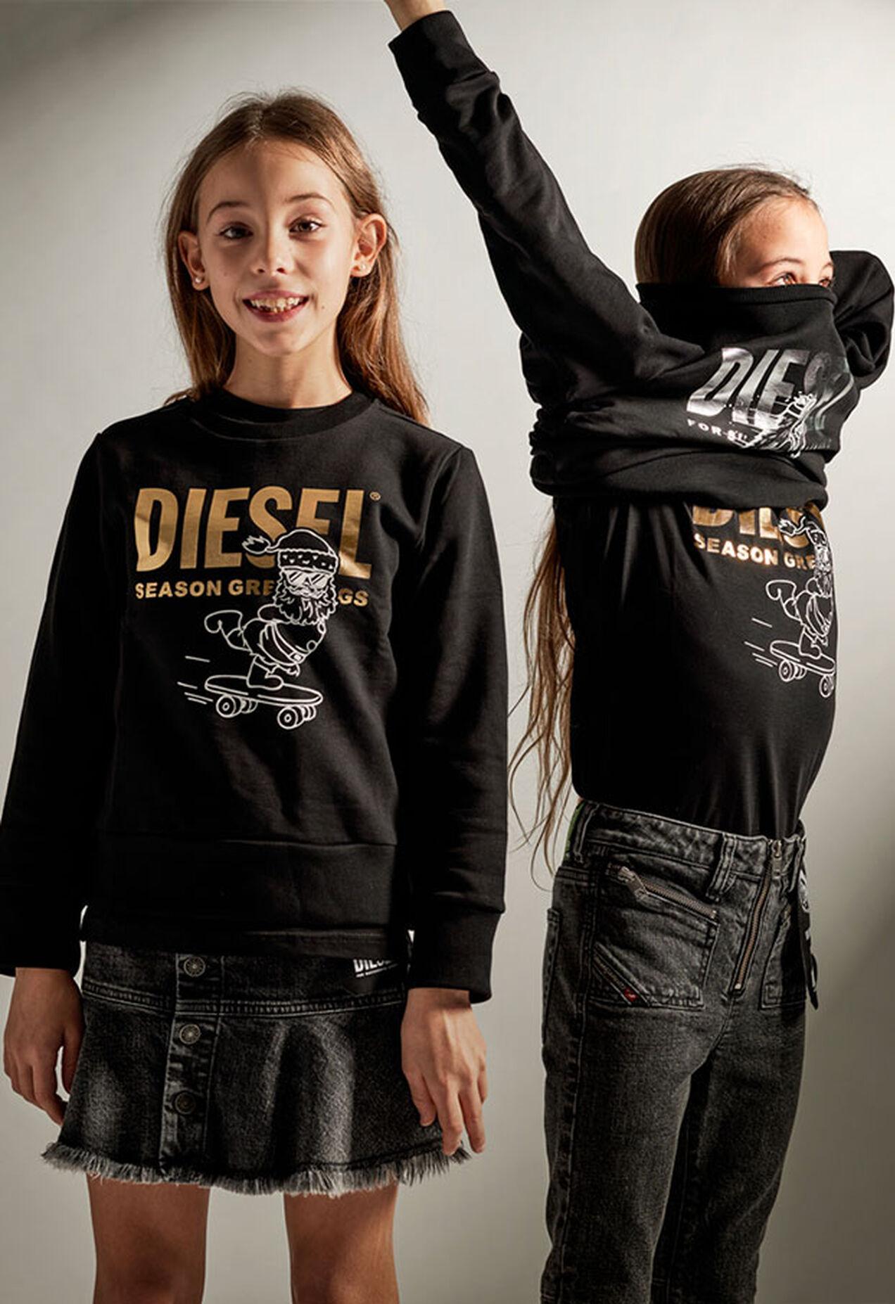 SCLAUS-TSE, Schwarz - Sweatshirts