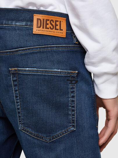 Diesel - D-Strukt JoggJeans® 069RX, Dunkelblau - Jeans - Image 4