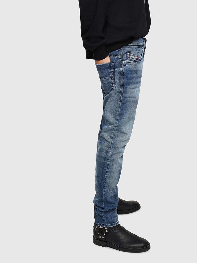 Diesel - Thommer 0853P, Mittelblau - Jeans - Image 5