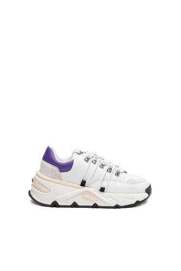 Klobige Sneakers aus Leder und Wildleder