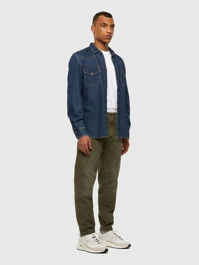 Diesel - D-Azzer JoggJeans® 069NF, Armeegrün - Jeans - Image 6