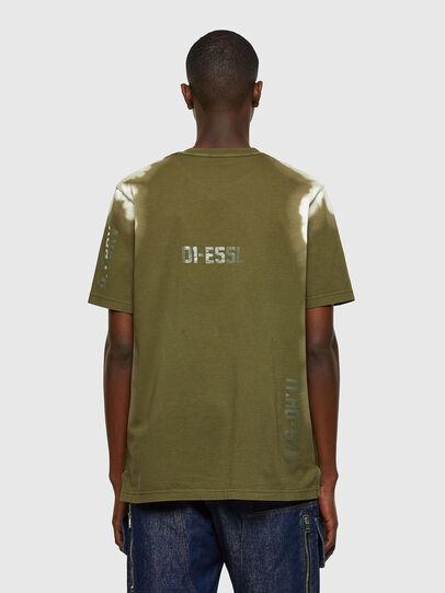 Diesel - T-JUBIND-SLITS-A3, Armeegrün - T-Shirts - Image 2