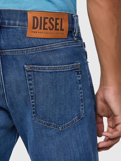 Diesel - D-Strukt 09A80, Mittelblau - Jeans - Image 3
