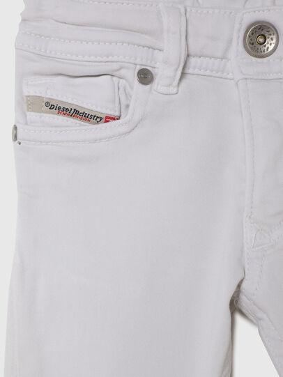 Diesel - SLEENKER-B JOGGJEANS-N, Weiß - Jeans - Image 3