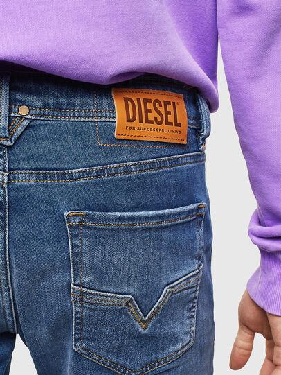 Diesel - Larkee 0097X, Mittelblau - Jeans - Image 5
