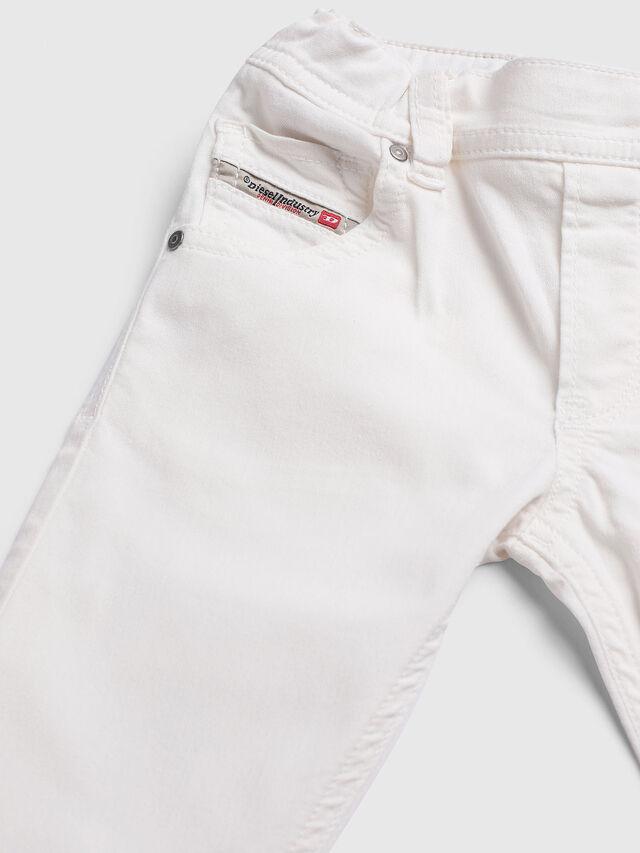 Diesel - KROOLEY-JOGGJEANS-B-N, Weiß - Jeans - Image 3