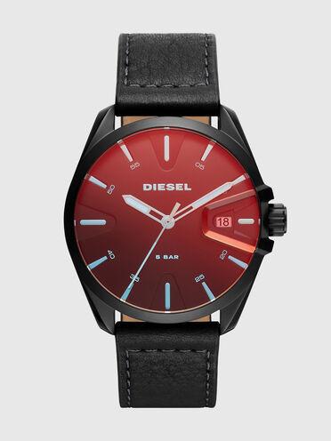 MS9-Armbanduhr mit Drei-Zeiger-Datumsuhrwerk und schwarzem Lederarmband