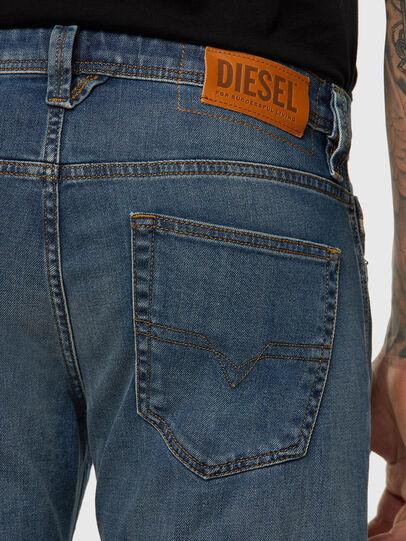 Diesel - Larkee 009EI, Mittelblau - Jeans - Image 3