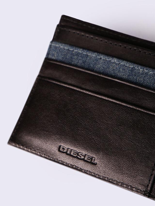HIRESH S, Schwarz/Blau