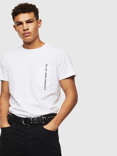 Diesel - T-RUBIN-POCKET-J1, Weiß - T-Shirts - Image 4