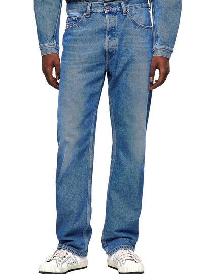 Diesel - D-Macs 009MG, Mittelblau - Jeans - Image 1