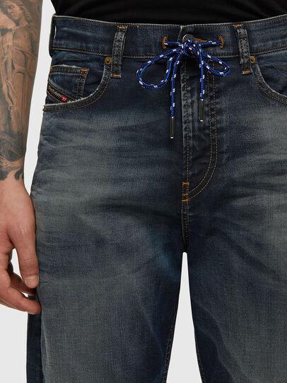 Diesel - D-VIDER JoggJeans® 069NT, Dunkelblau - Jeans - Image 4