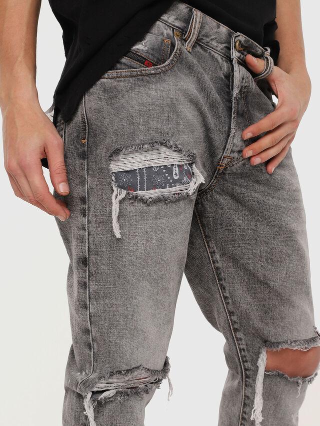 Diesel - Mharky 089AT, Hellgrau - Jeans - Image 4