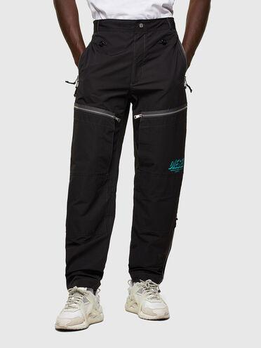 Nachhaltig hergestellte Hose mit mehreren Taschen