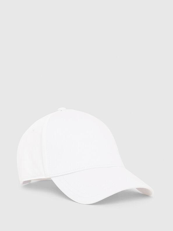 CINDI-MAX,  - Hüte