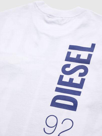 Diesel - TLUCASSLY1 OVER, Weiß/Schwarz - T-Shirts und Tops - Image 4