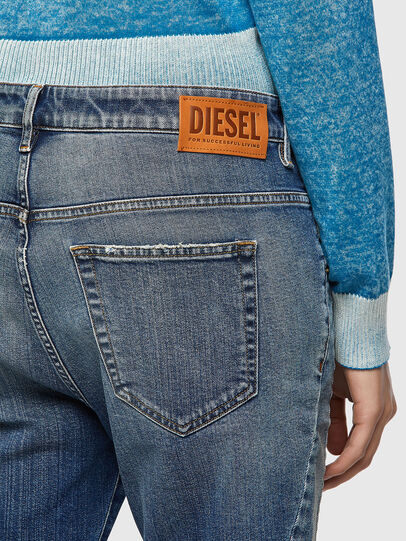 Diesel - Fayza 09A08, Mittelblau - Jeans - Image 3