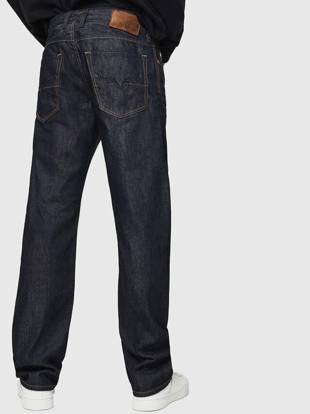 Diesel - Larkee-Relaxed 0088Z, Dunkelblau - Jeans - Image 2