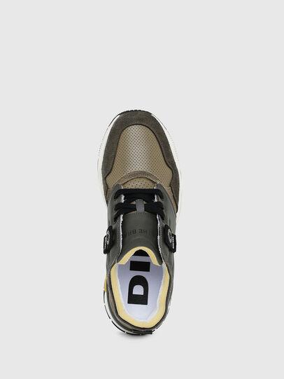 Diesel - S-BRENTHA LC, Armeegrün - Sneakers - Image 4