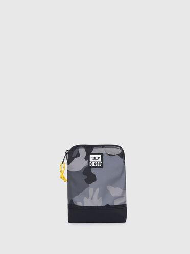 Schmale Crossbody-Tasche in Camouflage-Optik