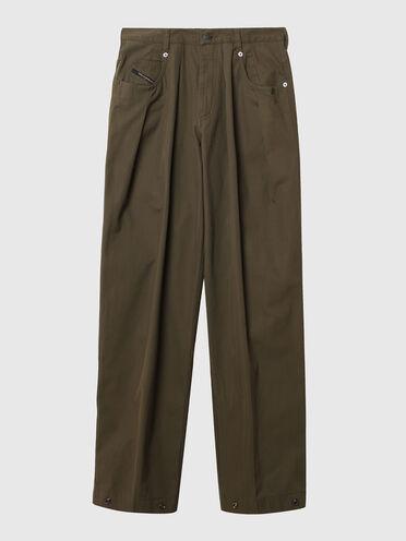 Hose aus Gabardine mit weiter Beinpartie