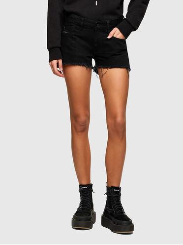 Cut Off-Shorts aus Washed Denim