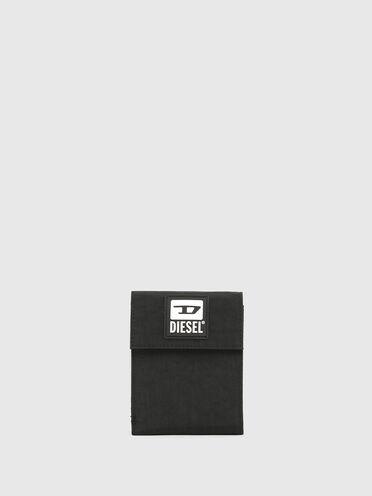 Portemonnaie mit Klettverschluss, Umhängeband und D-Aufnäher