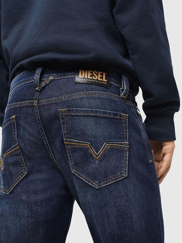 Diesel - Larkee 082AY, Dunkelblau - Jeans - Image 4