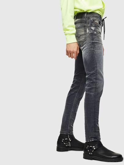 Diesel - Thommer JoggJeans 069KK, Schwarz/Dunkelgrau - Jeans - Image 4