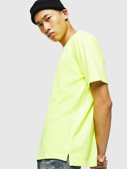Diesel - T-JUST-SLITS-FLUO, Neongelb - T-Shirts - Image 5