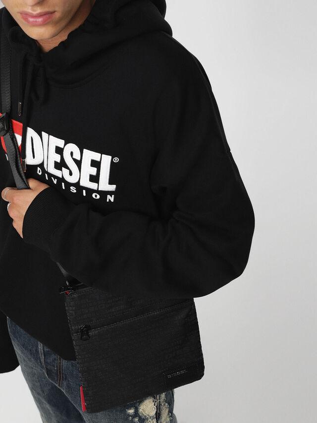 Diesel - F-DISCOVER CROSS, Schwarz - Schultertaschen - Image 4