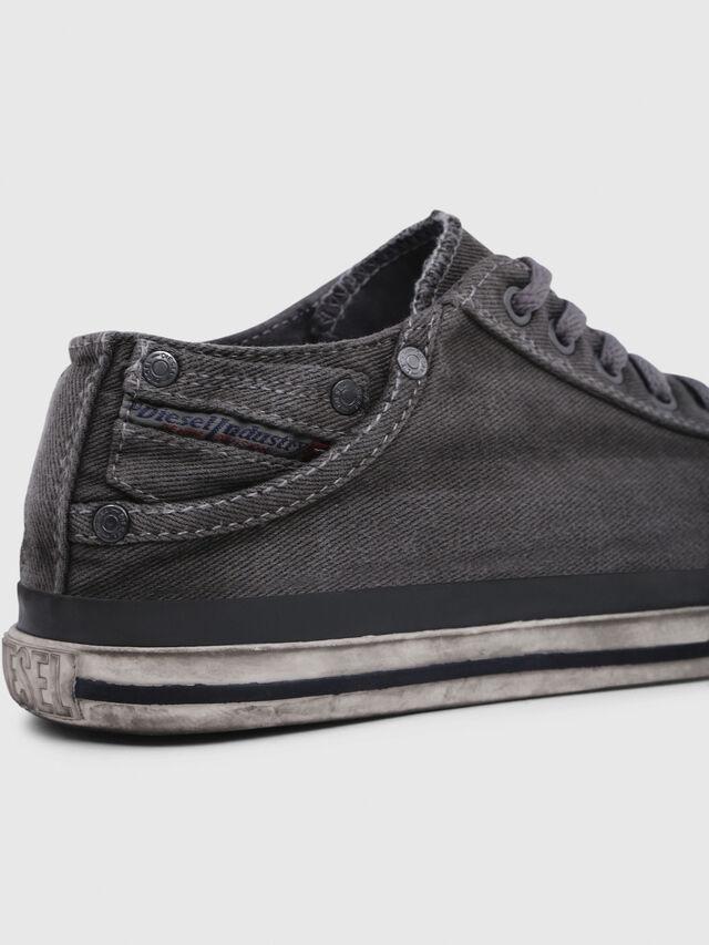 Diesel - EXPOSURE IV LOW  W, Silbergrau - Sneakers - Image 4