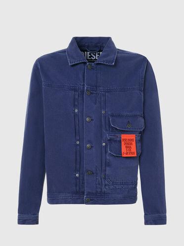 Jacke aus überfärbtem Denim