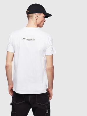 T-RABEN-POCKET, Weiß - T-Shirts