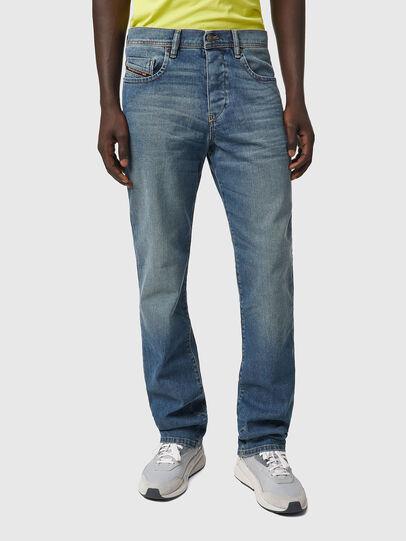 Diesel - D-Vocs 009EI, Mittelblau - Jeans - Image 1