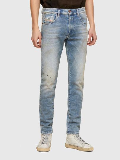 Diesel - D-Strukt JoggJeans® 069UU, Hellblau - Jeans - Image 1