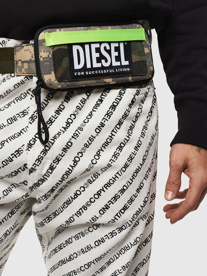 Diesel - BELT RUBBER CASE BIG, Camouflagegrün - Continental Portemonnaies - Image 6