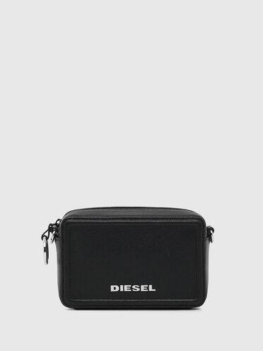 Kastenförmige Crossbody-Tasche aus Leder