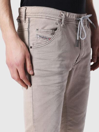 Diesel - Krooley JoggJeans 0670M, Hellbraun - Jeans - Image 3