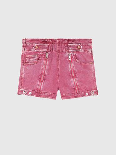 Shorts mit hohem Bund aus überfärbtem Denim