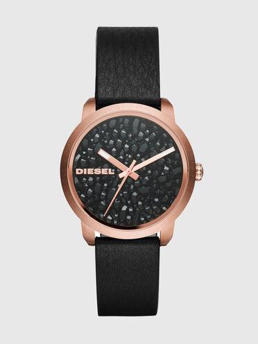 Uhr mit schwarzem Geodenzifferblatt