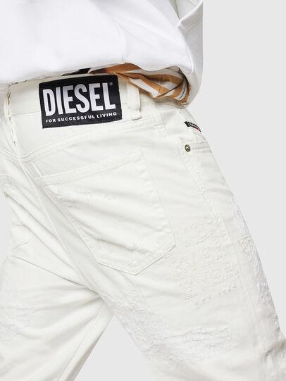 Diesel - Mharky 069IJ, Weiß - Jeans - Image 6