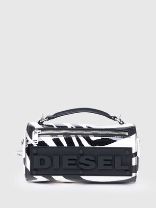 https://at.diesel.com/dw/image/v2/BBLG_PRD/on/demandware.static/-/Sites-diesel-master-catalog/default/dw905abc1b/images/large/X07577_P4060_H1532_O.jpg?sw=306&sh=408