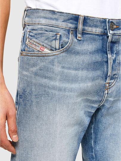 Diesel - D-Kras 009VW, Hellblau - Jeans - Image 3
