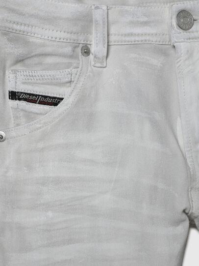 Diesel - KROOLEY-J JOGGJEANS-N, Weiß - Jeans - Image 3