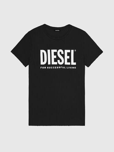 T-Shirt mit Upfreshing-Behandlung