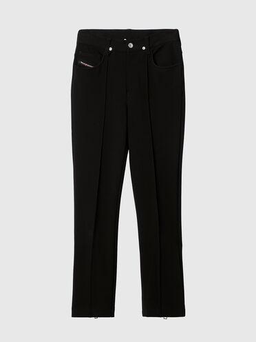 Hose aus Stretchgewebe im Five-Pocket-Design mit Bootcut-Beinpartie