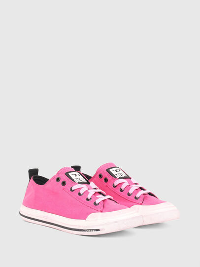 Diesel - S-ASTICO LOW CUT W, Rosa - Sneakers - Image 2