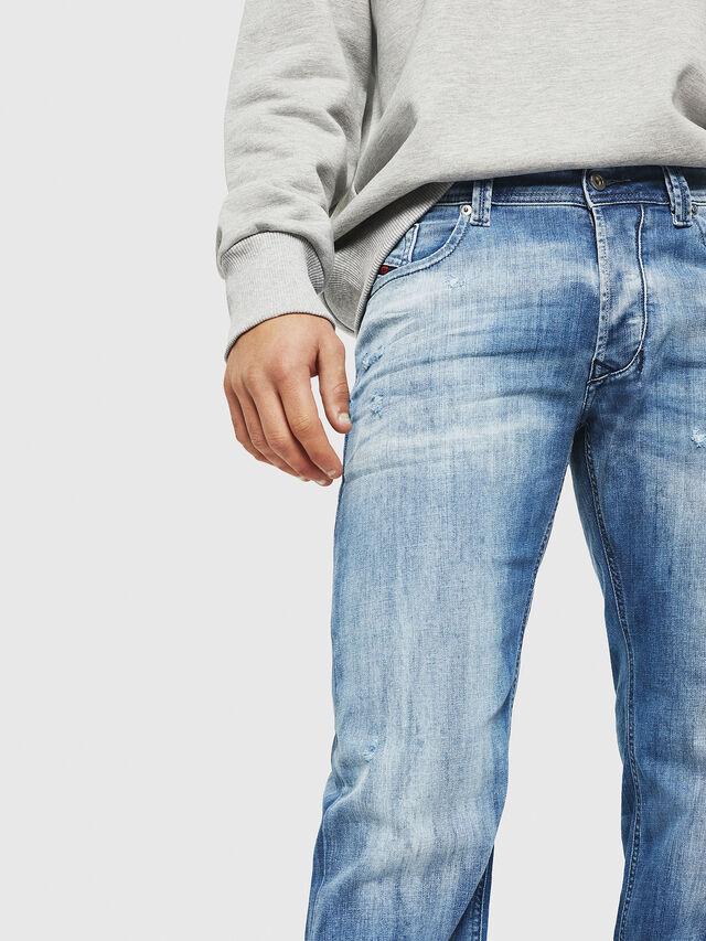 Diesel - Larkee 081AS, Mittelblau - Jeans - Image 3