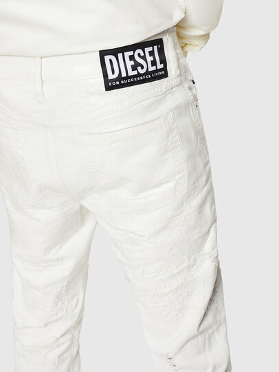 Diesel - Mharky 069GY, Weiß - Jeans - Image 5